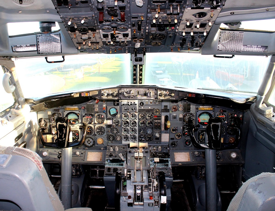 Boeing 737 flight-deck