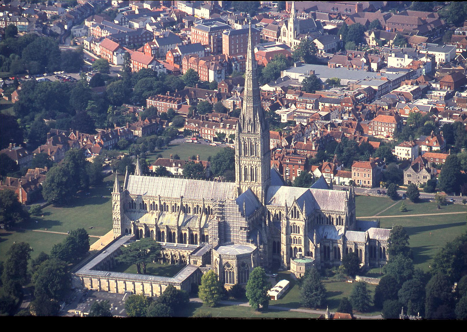 Salisbury cathedral in 2001