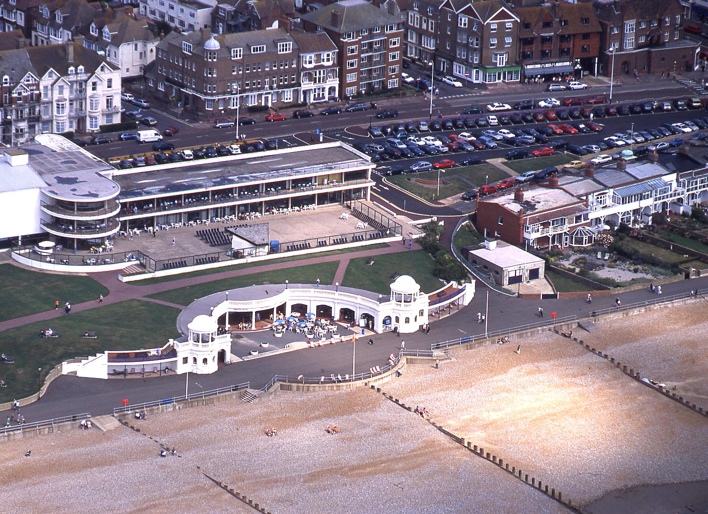 Bexhill in 2001 showing its three unique features - see note 2
