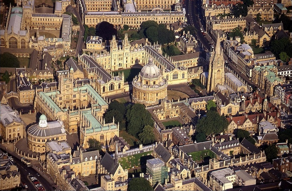 Oxford colleges, including the Bodleian Library