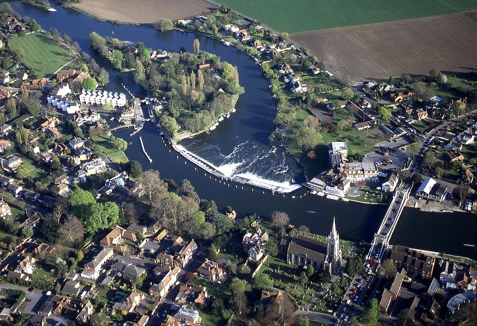 Another view of Marlow, on the river Thames, in Buckinghamshire