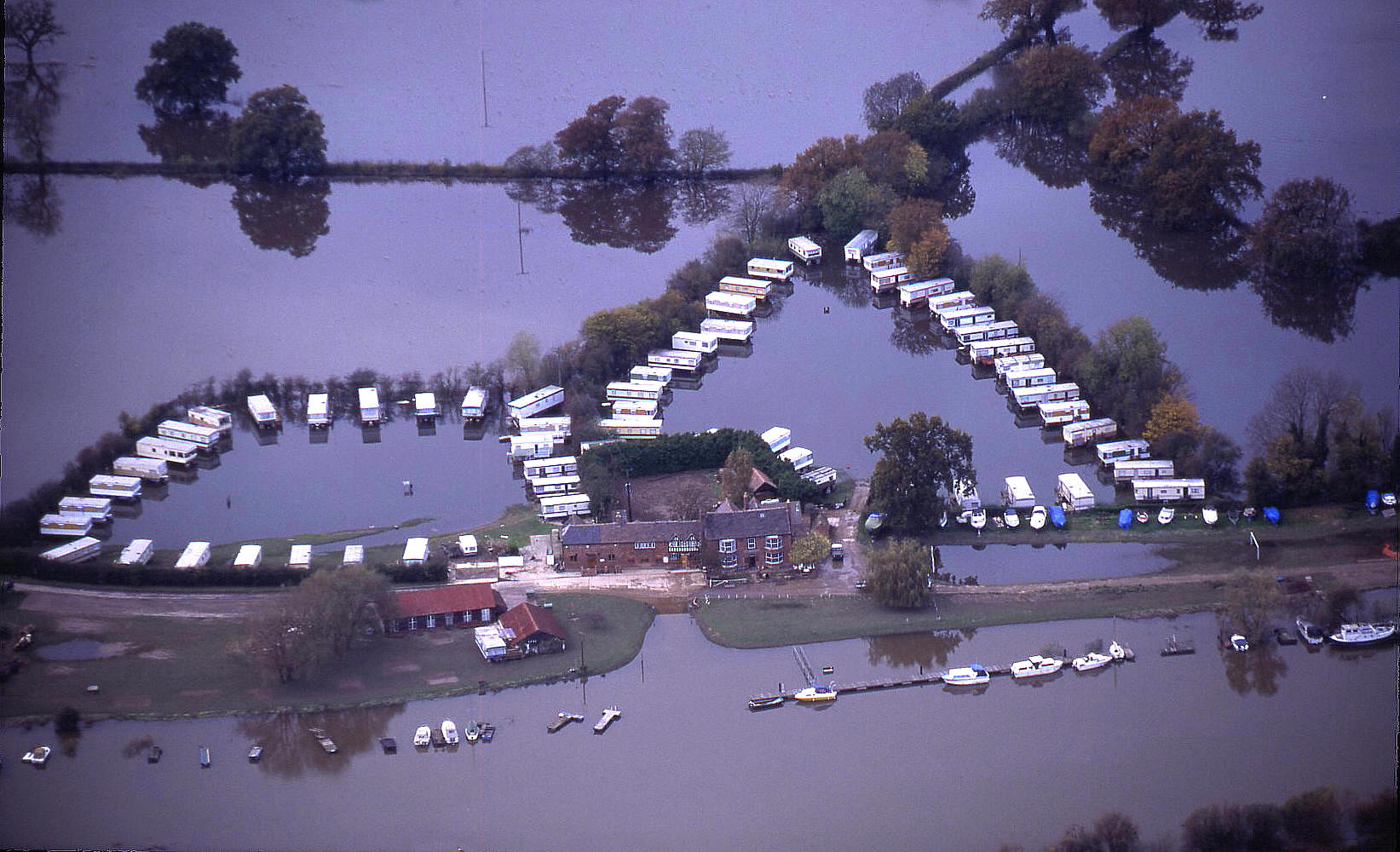 A mobile-home park, during the 1998 floods in the river Severn