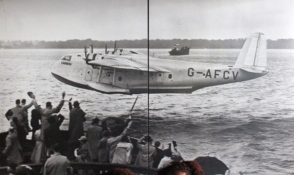 """PHOTO  SHORTS S23 /"""" CASTOR/"""" EMPIRE FLYING BOAT Possibly at Hythe"""